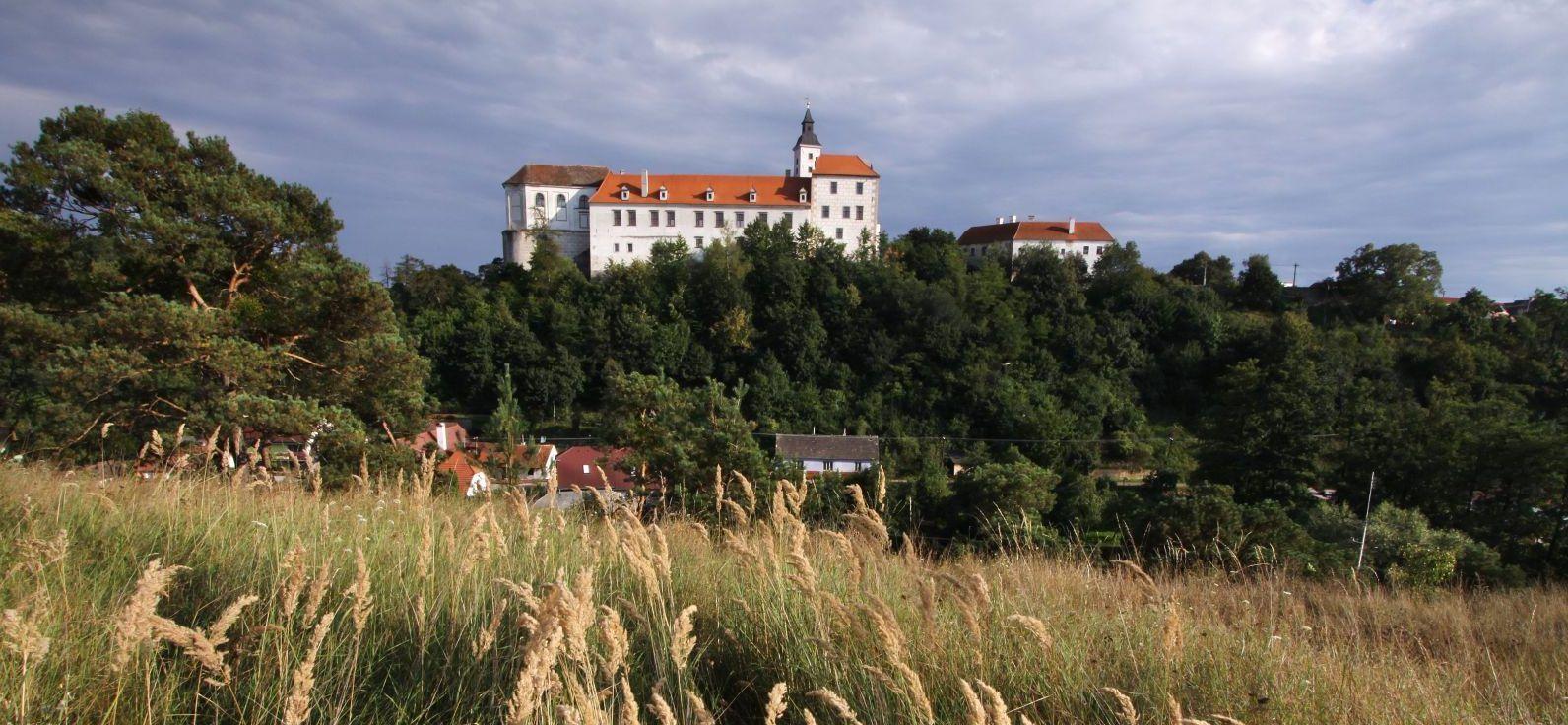 Moravské zemské muzeum v Brně, zámek Jevišovice