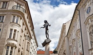 socha, Kurt Gebauer: Mozart (Zelný trh) v Brně