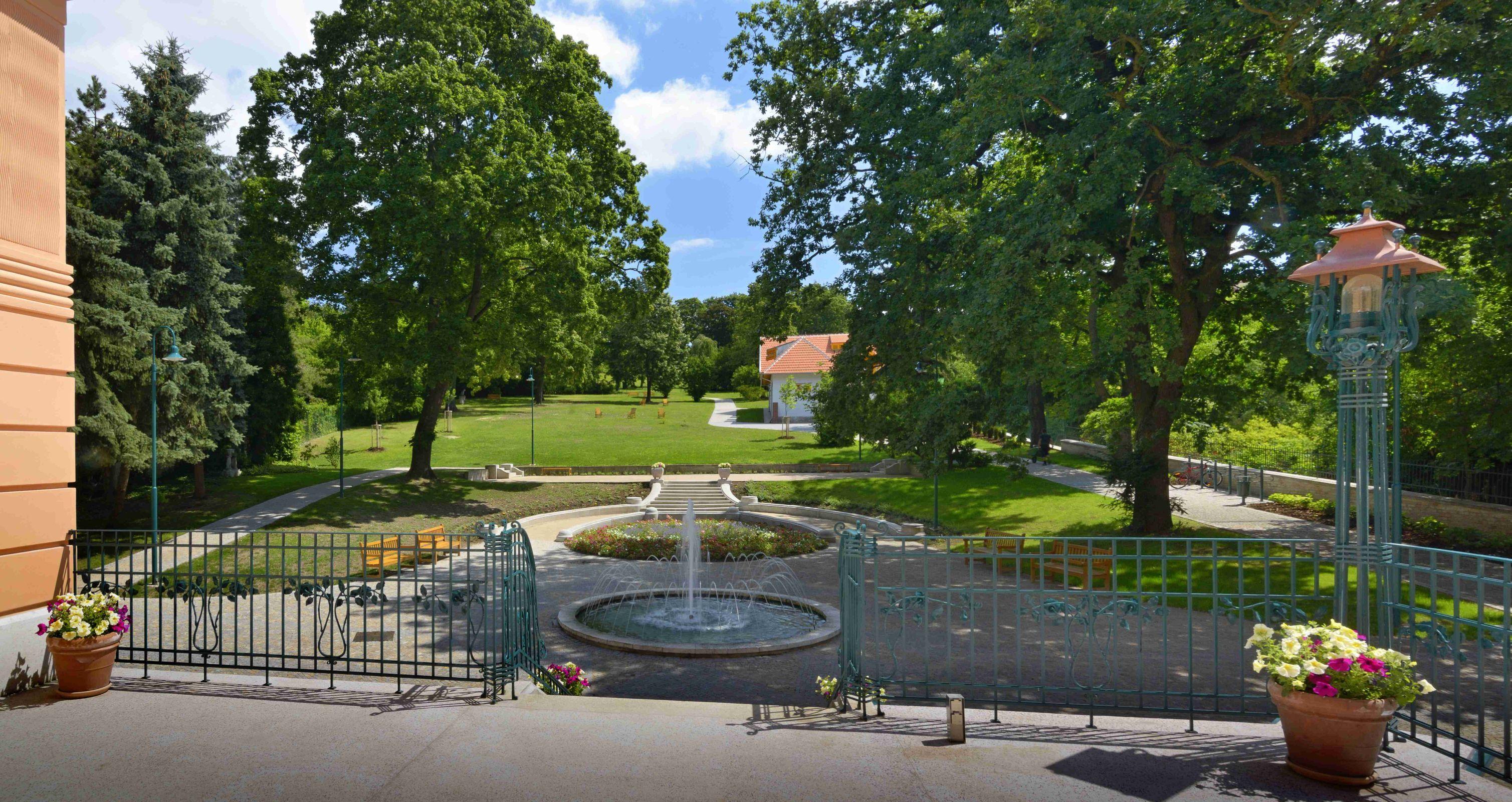 Vila Löw-Beer - zahrada, v Brně