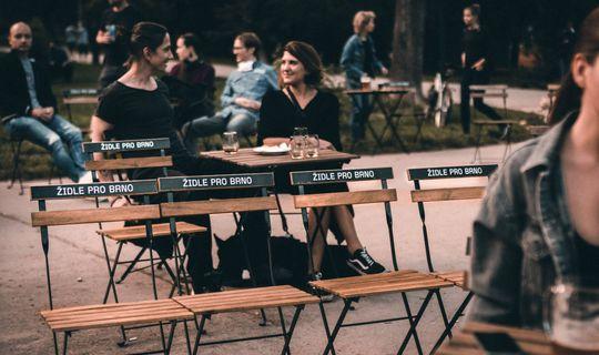 Židle pro Brno, Park Lužánky, foto: PONAVA cafe