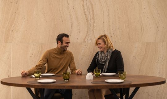 Gusto Plzeňka Local Food Restaurant - Herec Roman Blumaier a Beatrice Vojtková
