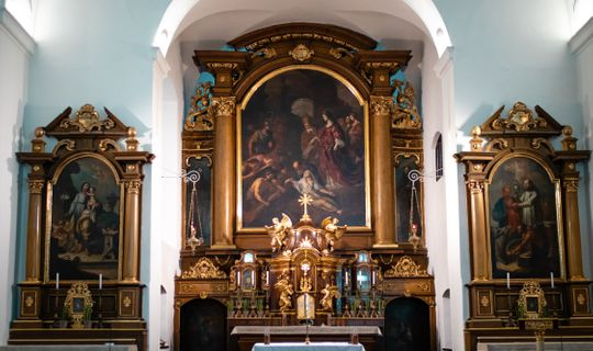 Kapucínský klášter - interiér kostela, (c) Františka Foto