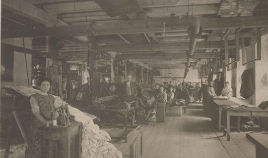 Textilní továrna bratří Samků © Muzeum města Brna